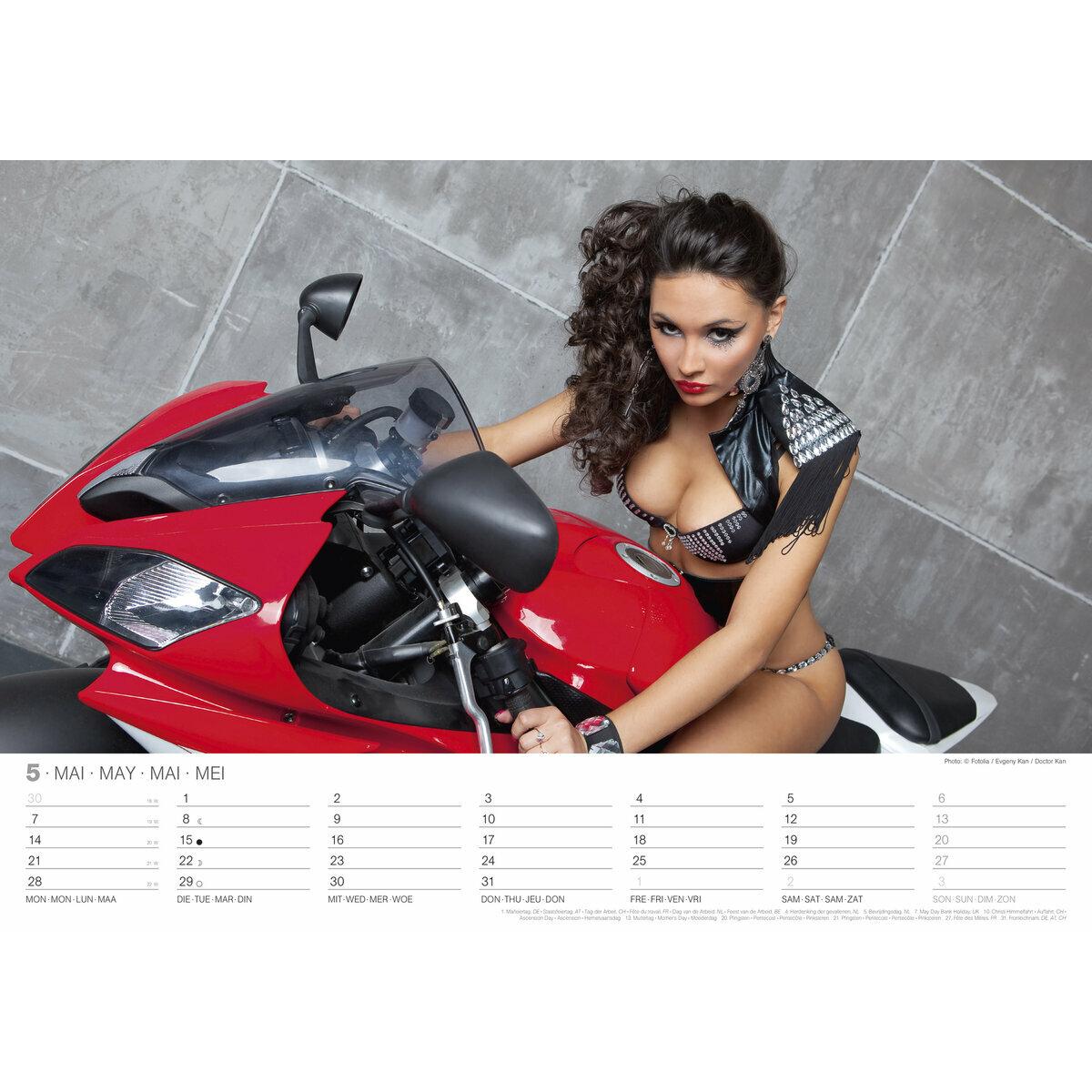 maxi calendrier 2018 sexy femme et moto. Black Bedroom Furniture Sets. Home Design Ideas